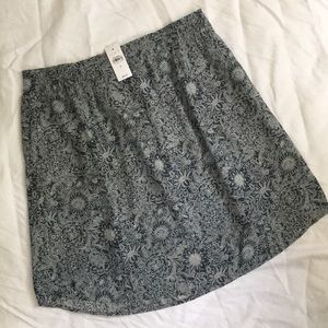 LOFT Floral Pocket Pull-on Skirt - NWT - Size M